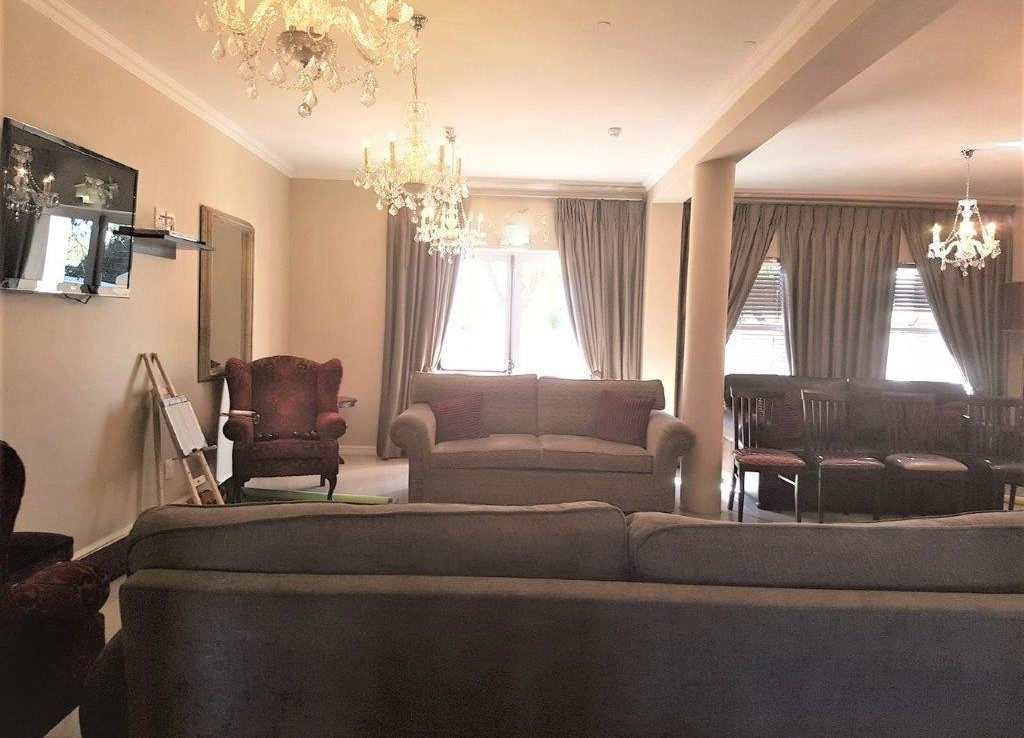 Rusgenot, private and luxurious retirement apartment to rent